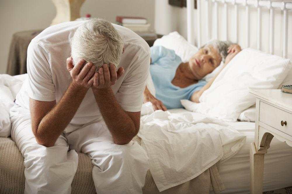 Seniors-couple-sexualité